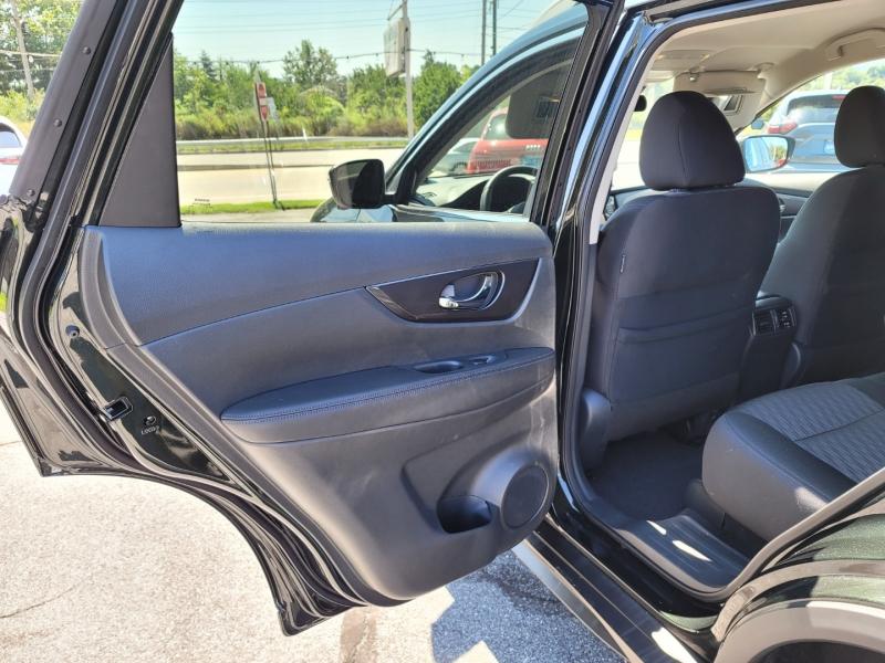 Nissan Rogue 2020 price $28,900