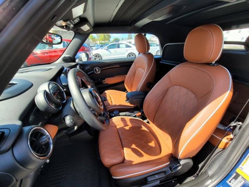 Mini Convertible 2019 price $34,900