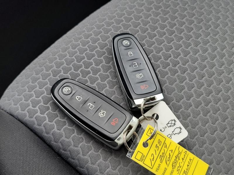 Ford Escape 2019 price $25,900