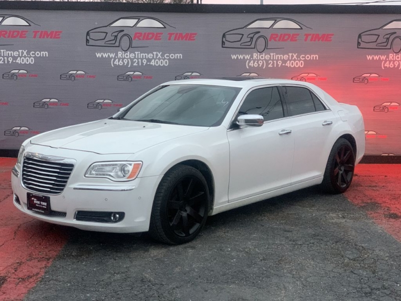 CHRYSLER 300C 2011 price $9,499