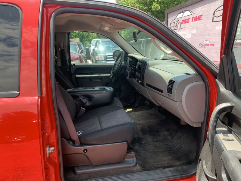 CHEVROLET SILVERADO 1500 2011 price $10,488