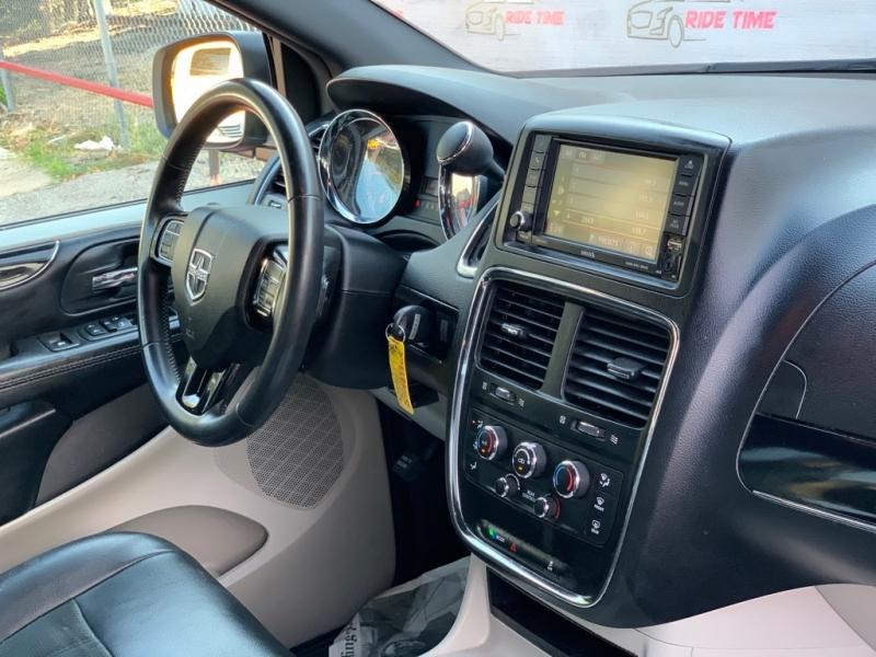 DODGE GRAND CARAVAN 2018 price $9,999
