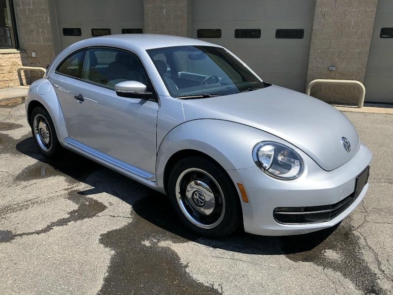 Volkswagen Beetle Coupe 2015 price $14,900