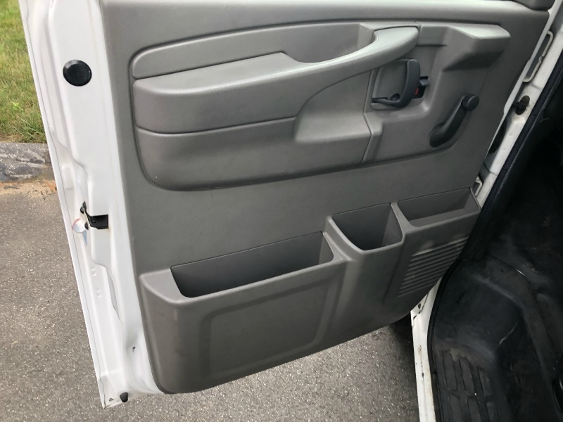GMC Savana Cutaway 2007 price $12,500