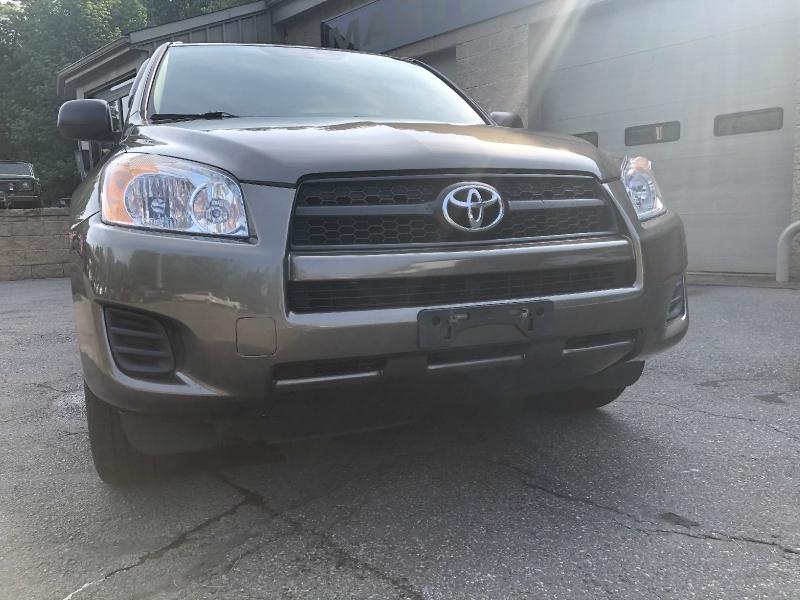 Toyota RAV4 2010 price $9,500