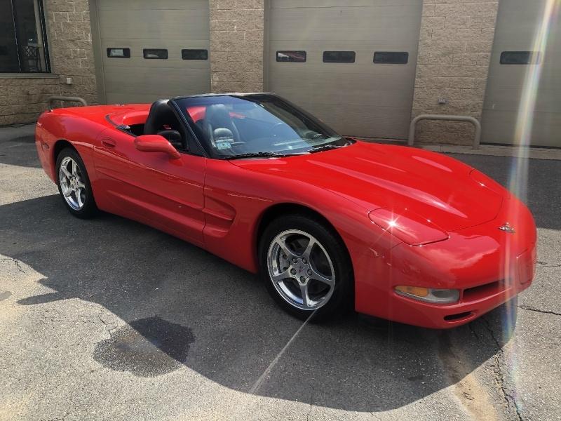 Chevrolet Corvette 2000 price $19,900