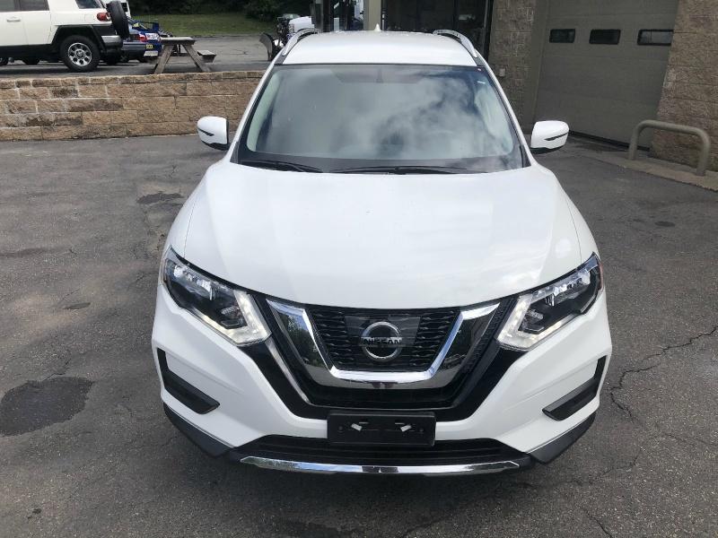 Nissan Rogue 2017 price $17,400