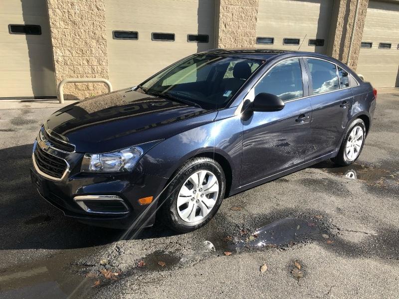 Chevrolet Cruze 2015 price $9,900