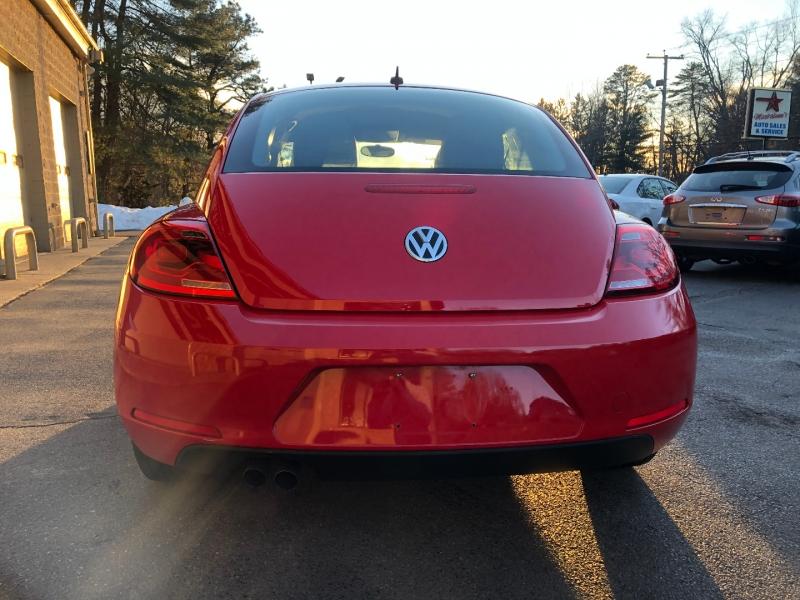 Volkswagen Beetle Coupe 2015 price $11,500