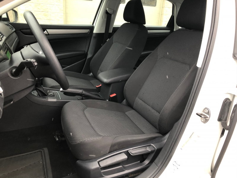 Volkswagen Passat 2014 price $0