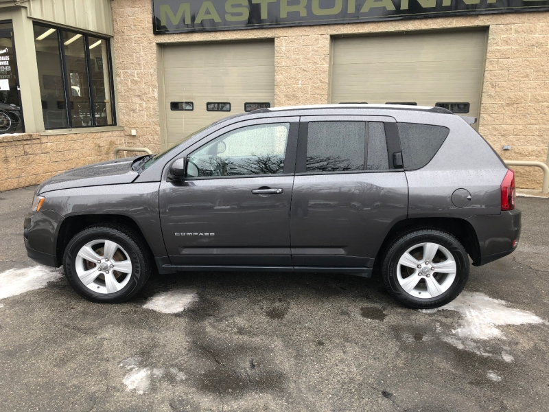 Jeep Compass 2015 price $13,900