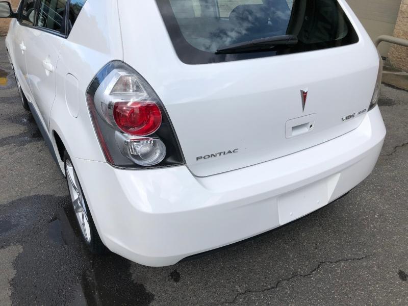 Pontiac Vibe 2009 price $10,500