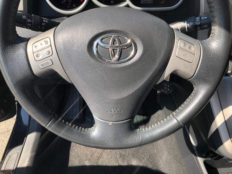 Toyota Matrix 2010 price $10,900