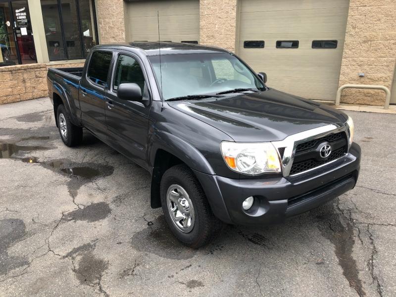 Toyota Tacoma 2011 price $19,500