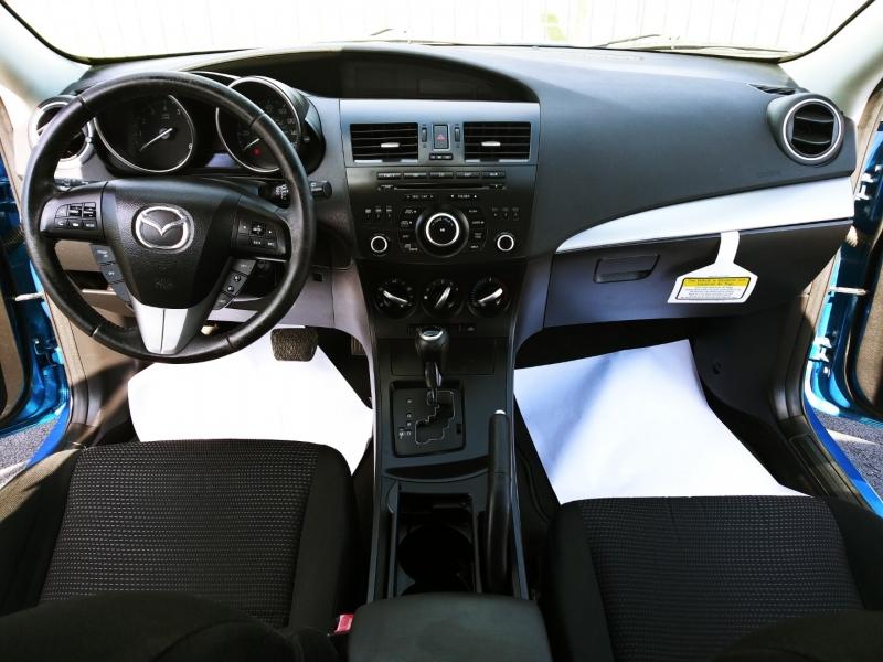 Mazda 3 2012 price $5,500