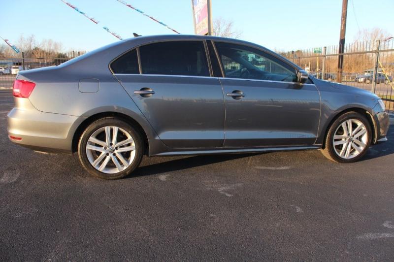Volkswagen JETTA 2015 price $11,800