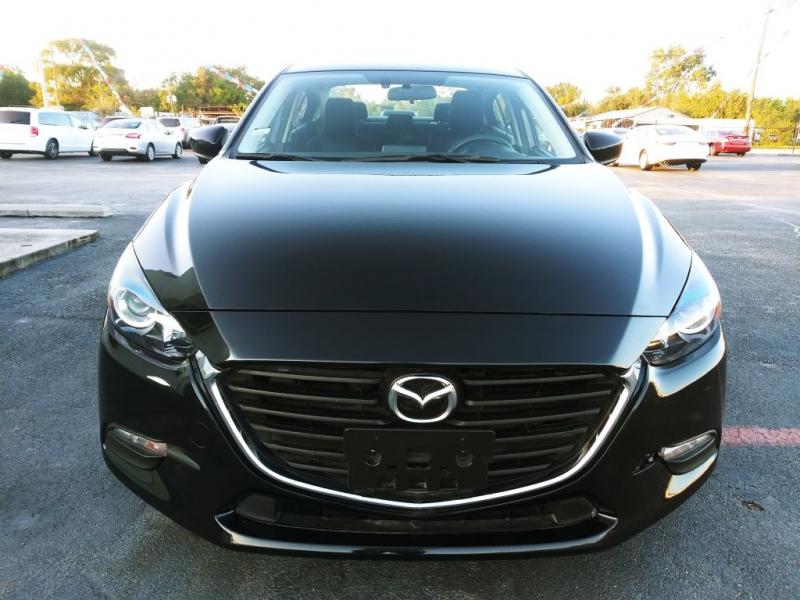 Mazda 3 2017 price $9,500
