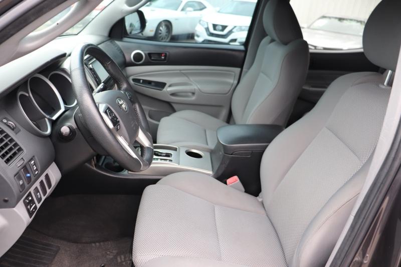 Toyota Tacoma 2015 price $16,950