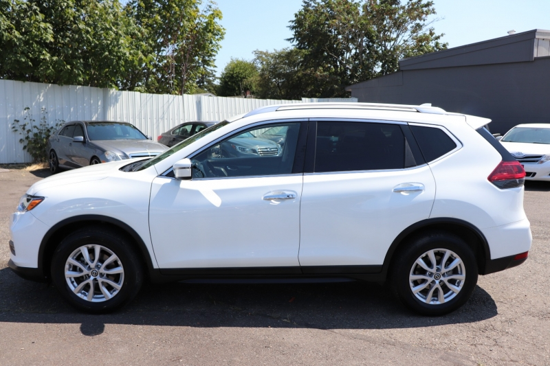 Nissan Rogue 2020 price $17,950