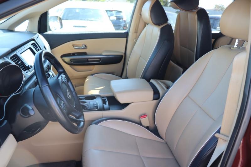 Kia Sedona 2018 price $18,500