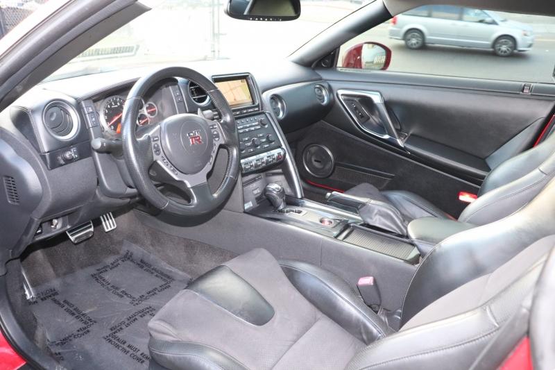 NISSAN GT-R 2010 price $49,950