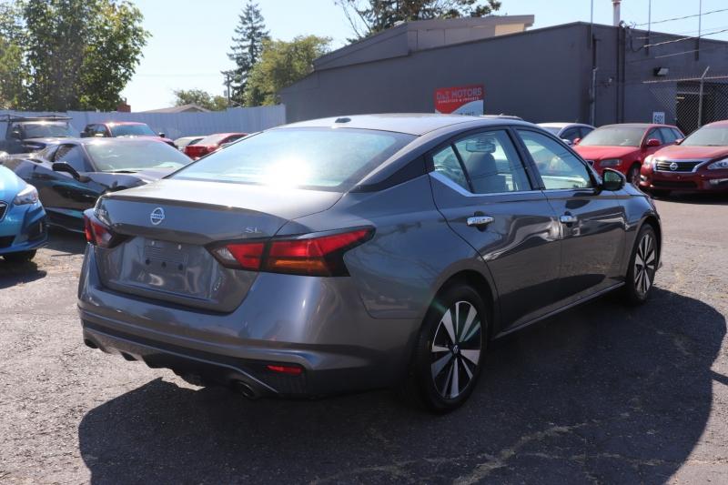 Nissan Altima 2019 price $22,000