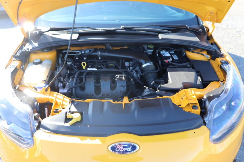Ford Focus 2013 price $12,950