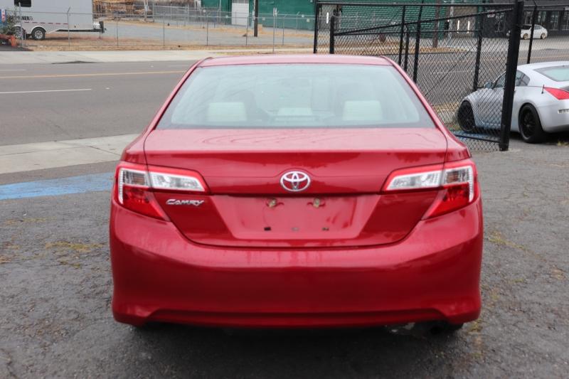 Toyota Camry 2012 price $12,950