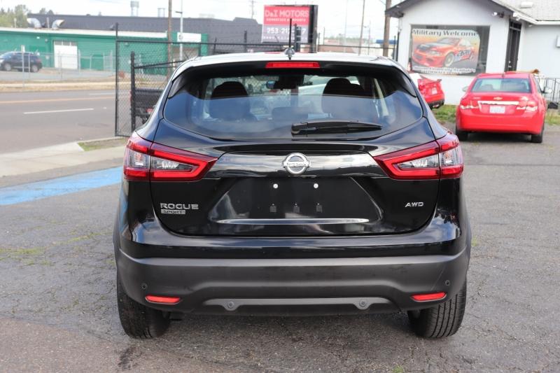 Nissan Rogue Sport 2021 price $22,500