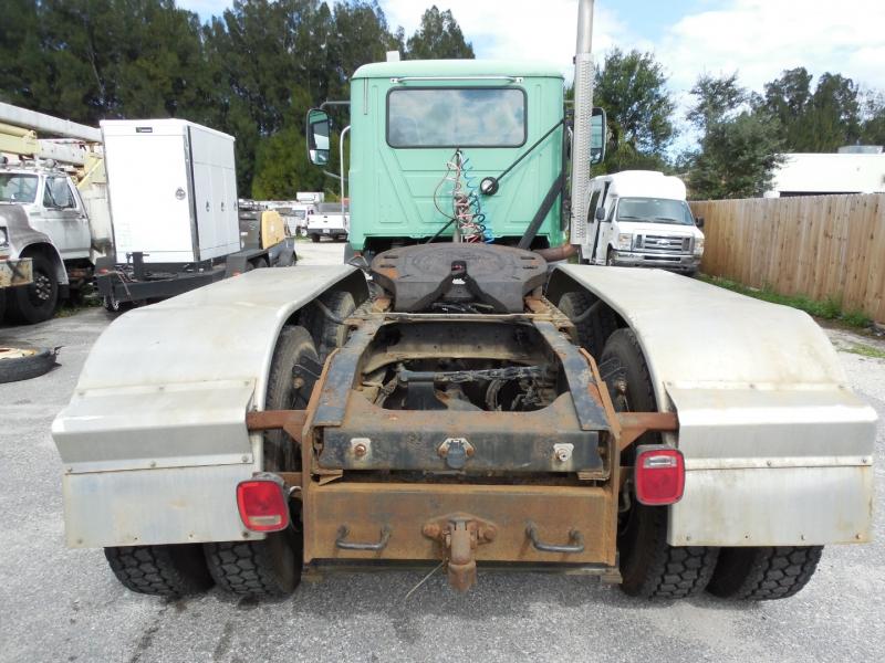 Mack CXU600 Day Cab Tractor 37k Miles 2009 price $35,900