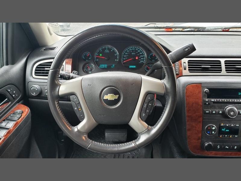 Chevrolet Suburban 2012 price $14,995