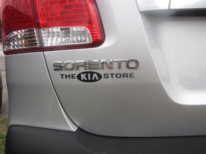 Kia Sorento 2013 price $1,500