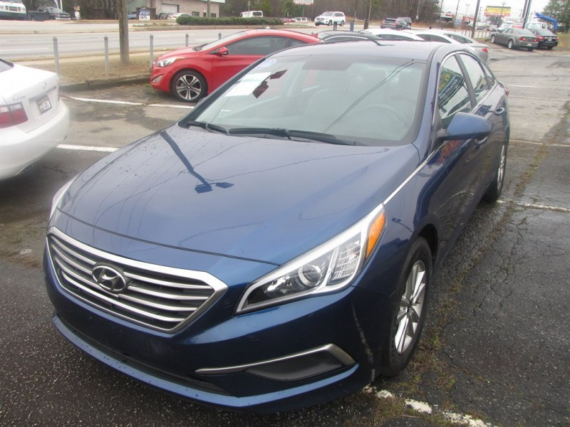 Hyundai Sonata 2017 price $2,500
