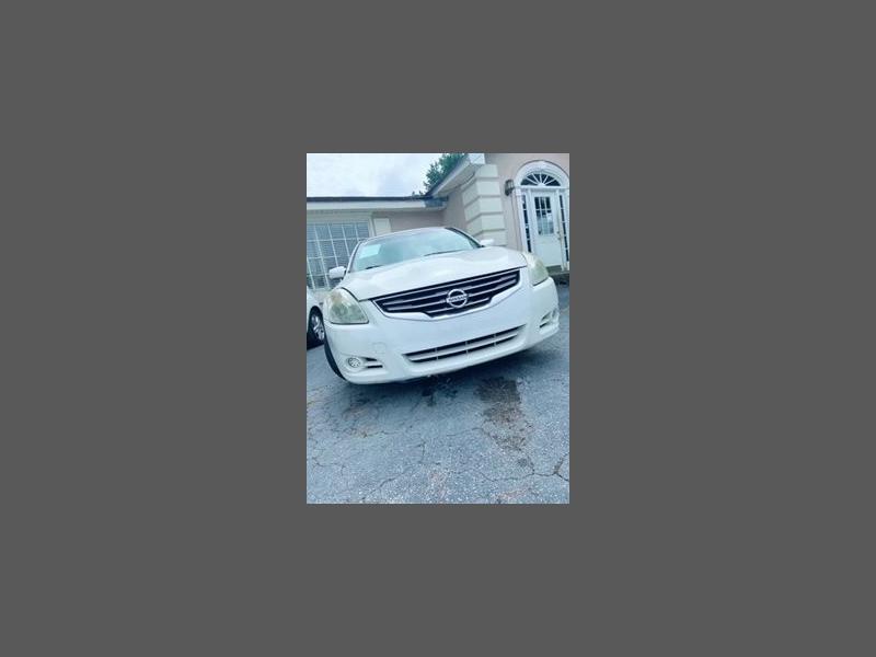 Nissan Altima 2011 price $8,495