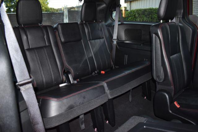 Dodge Grand Caravan 2019 price $19,999