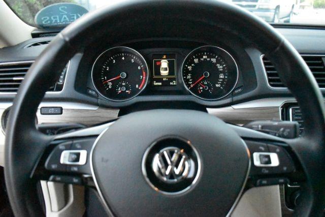 Volkswagen Passat 2017 price $20,490