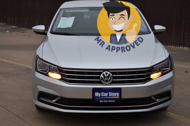 Volkswagen Passat 2018 price $17,132