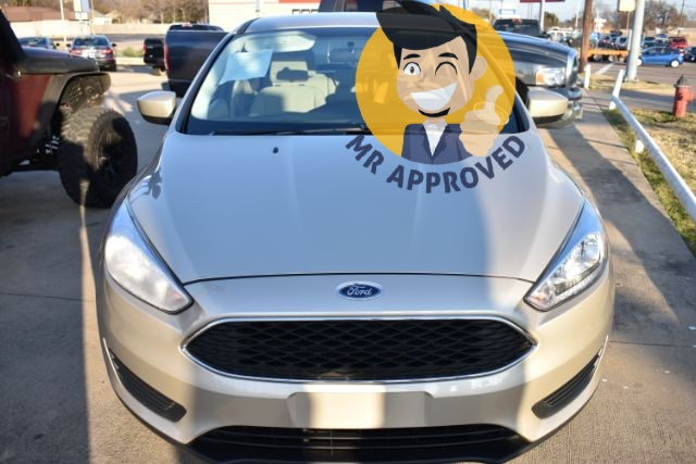 Ford Focus 2018 price $14,119