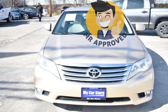 Toyota Avalon 2011 price $9,230