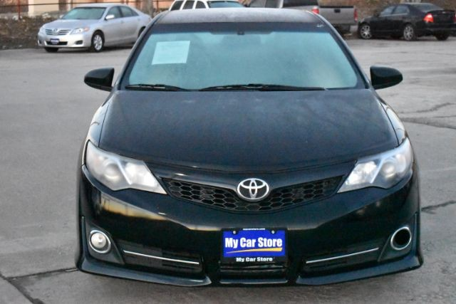 Toyota Camry 2013 price $10,057
