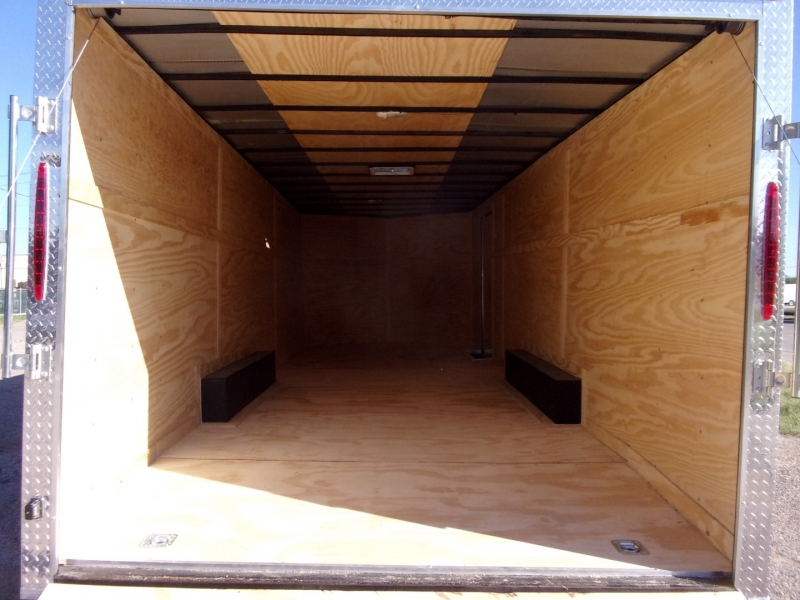 Deep South Trailers 24X8 ENCLOSED 2020 price $5,995