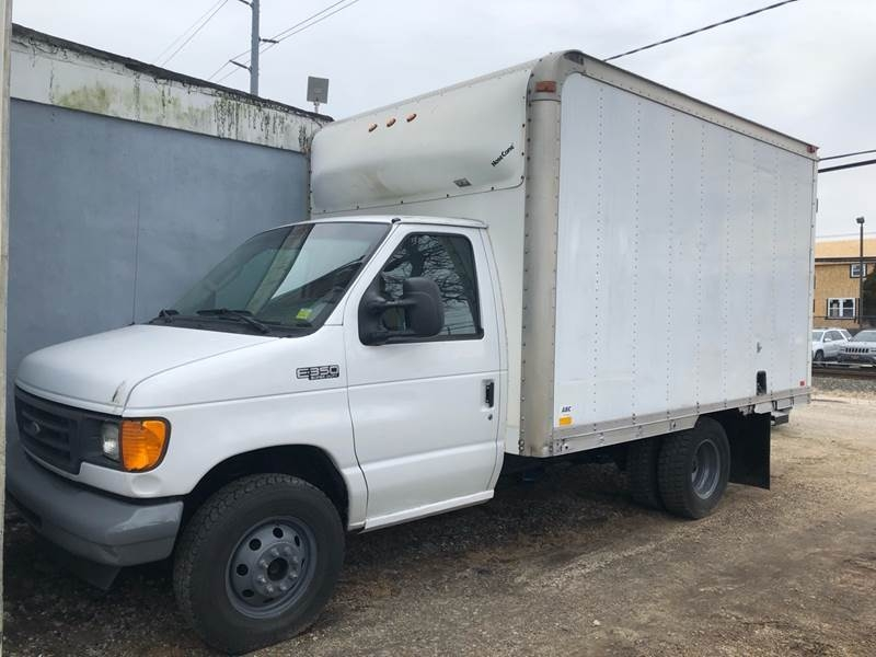 Ford E-Series Chassis 2003 price $4,200