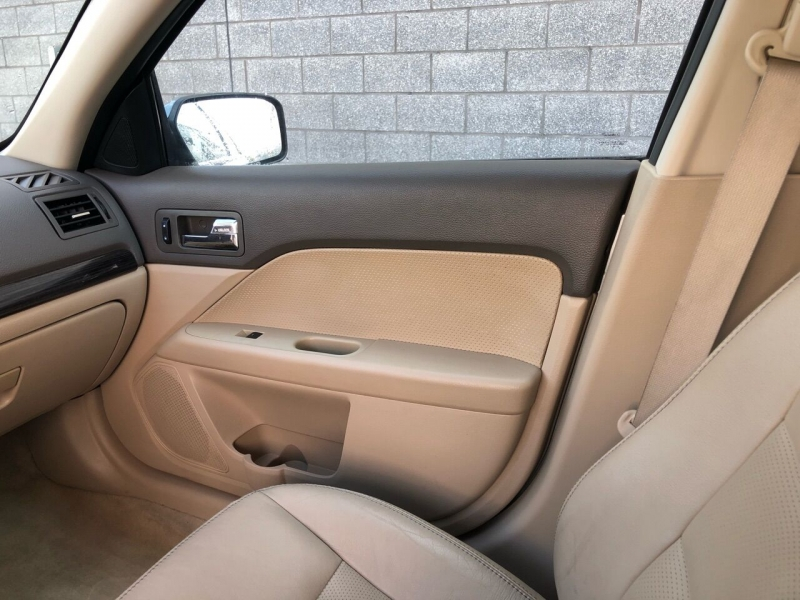 Ford Fusion 2006 price $2,600