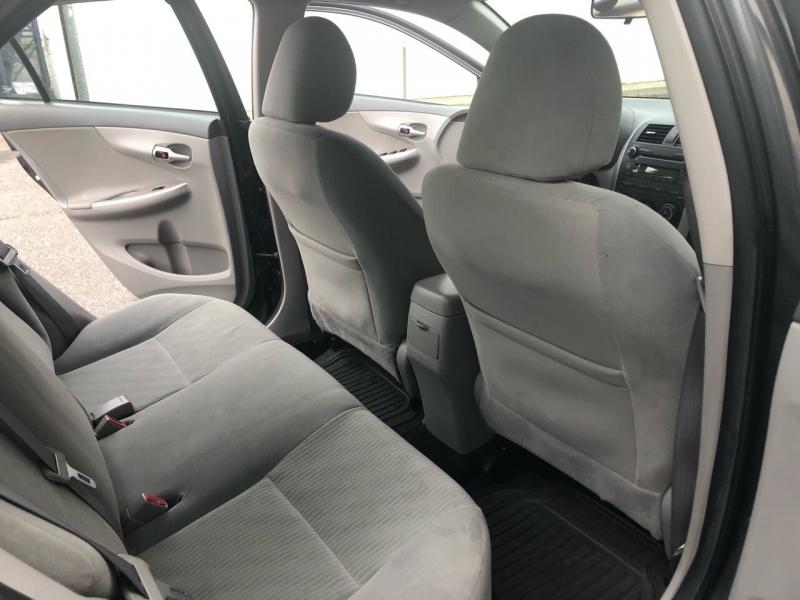 Toyota Corolla 2010 price $5,400