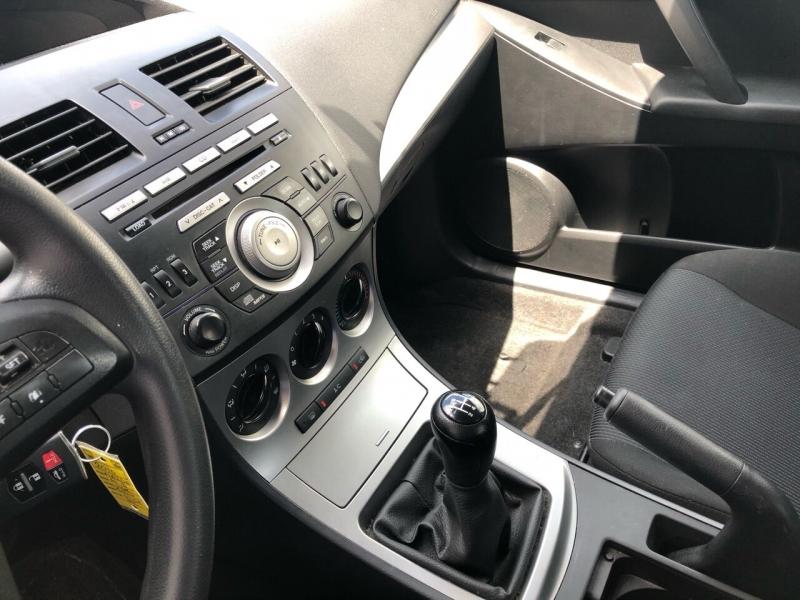 Mazda MAZDA3 2010 price $3,975