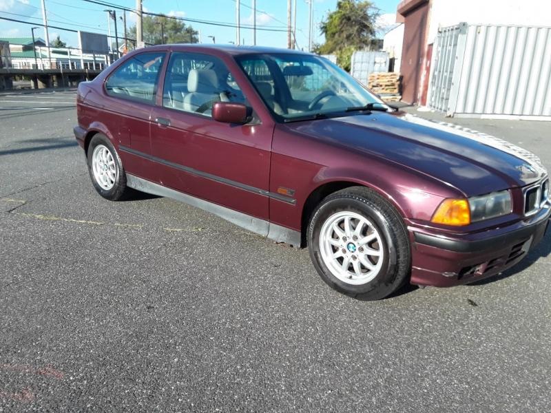 BMW 3 Series 1995 price $3,975
