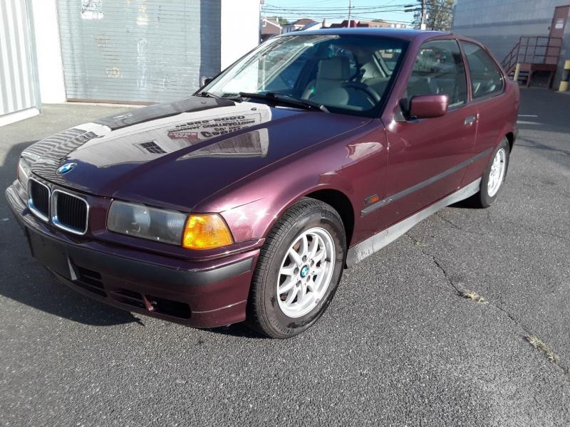 BMW 3-Series 1995 price $3,975