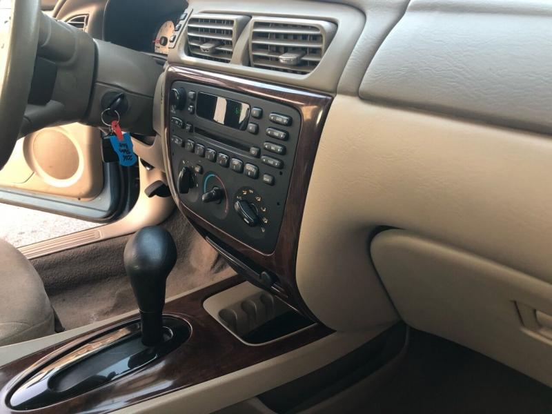 Ford Taurus 2006 price $2,350
