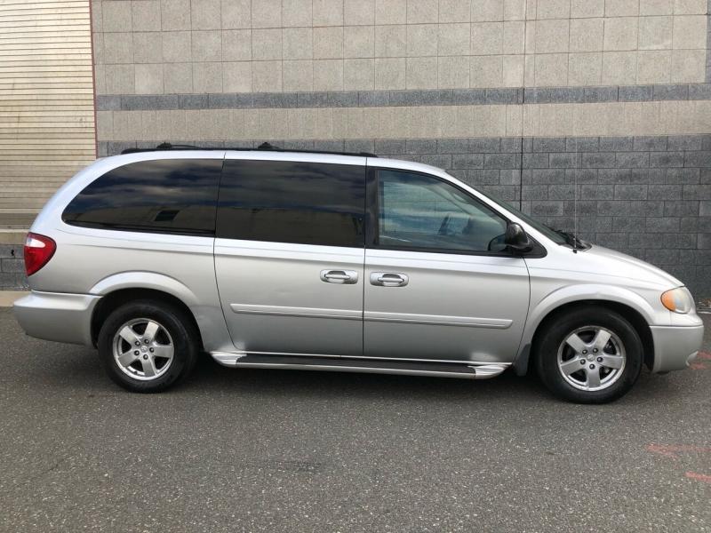 Dodge Grand Caravan 2005 price Call for Pricing.