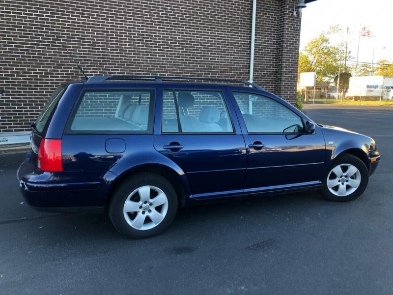 Volkswagen Jetta 2003 price $3,900